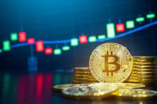 On Thursday, October 15, the average market rate of Bitcoin, like the day before, is $ 11,400. On October 12, the coin reached a monthly maximum of $ 11,700, after which its price declined.